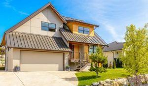 Dom i garaż - razem czy osobno?