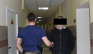 """Chciał okraść metodą """"na policjanta"""". Został zatrzymany na gorącym uczynku"""