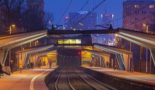 Stacja Warszawa Powiśle - widok na perony i wschodni wjazd do tunelu średnicowego