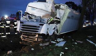 Tak po wypadku wyglądał samochód ciężarowy prowadzony przez Roberta L.