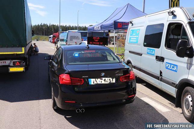 Nieoznakowane BMW w służbie policji