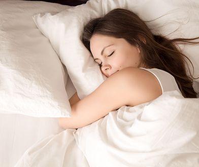 Kołdra może być jednocześnie lekka jak piórko i ciepła