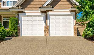 Brama garażowa - rolowana czy segmentowa?