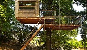 Domek na drzewie - spełnione marzenia dzieci i rodziców