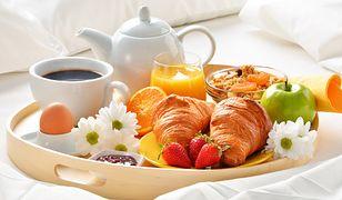 Śniadanie do łóżka to marzenie wielu kobiet