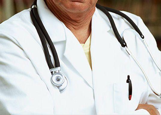 Fizjoterapeuta ponad lekarzem?