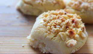 Ciasteczka serowo-orzechowe. W sam raz na raz