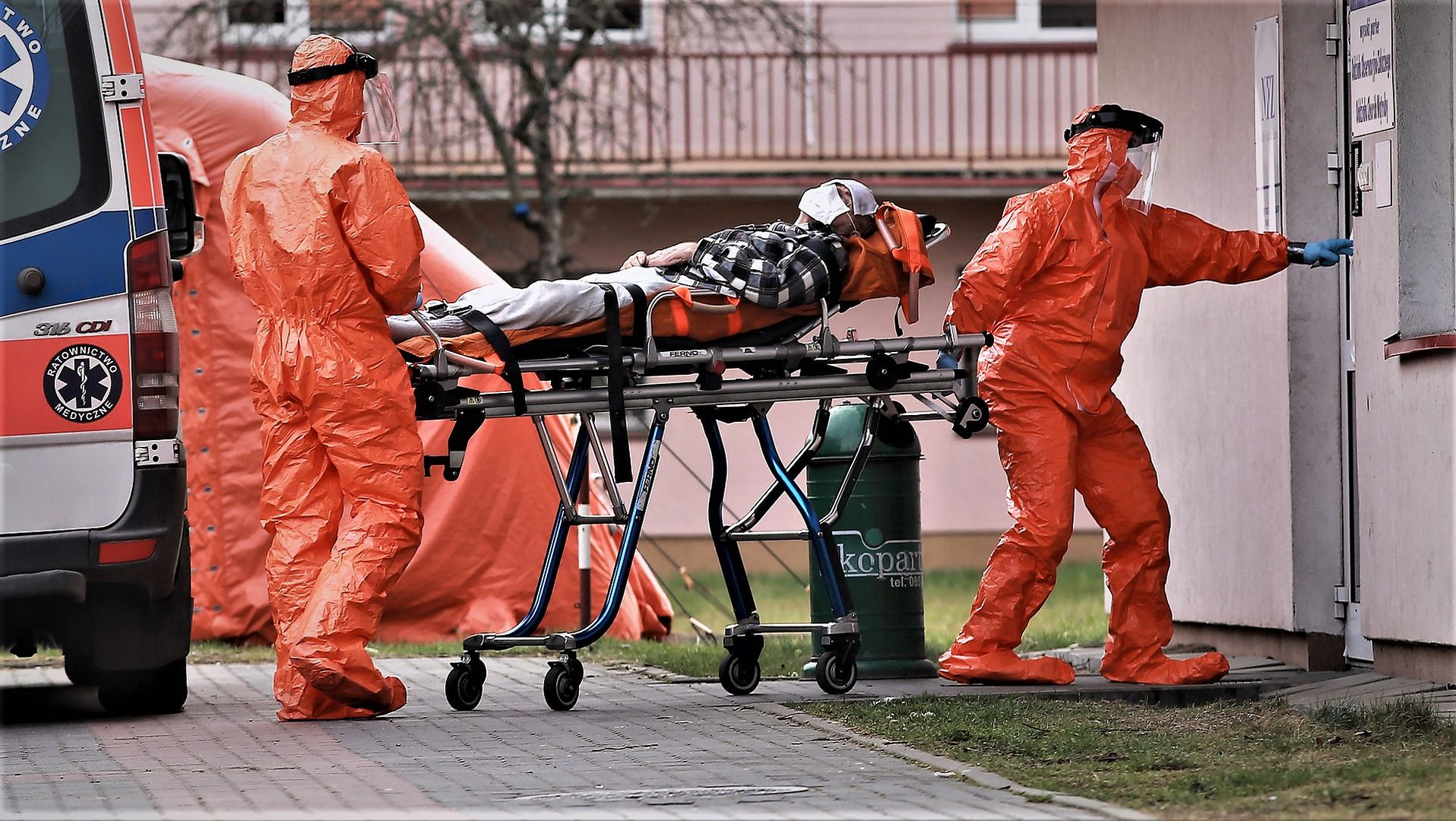 Przewożenie pacjenta podejrzanego o zakażenie koronawirusem