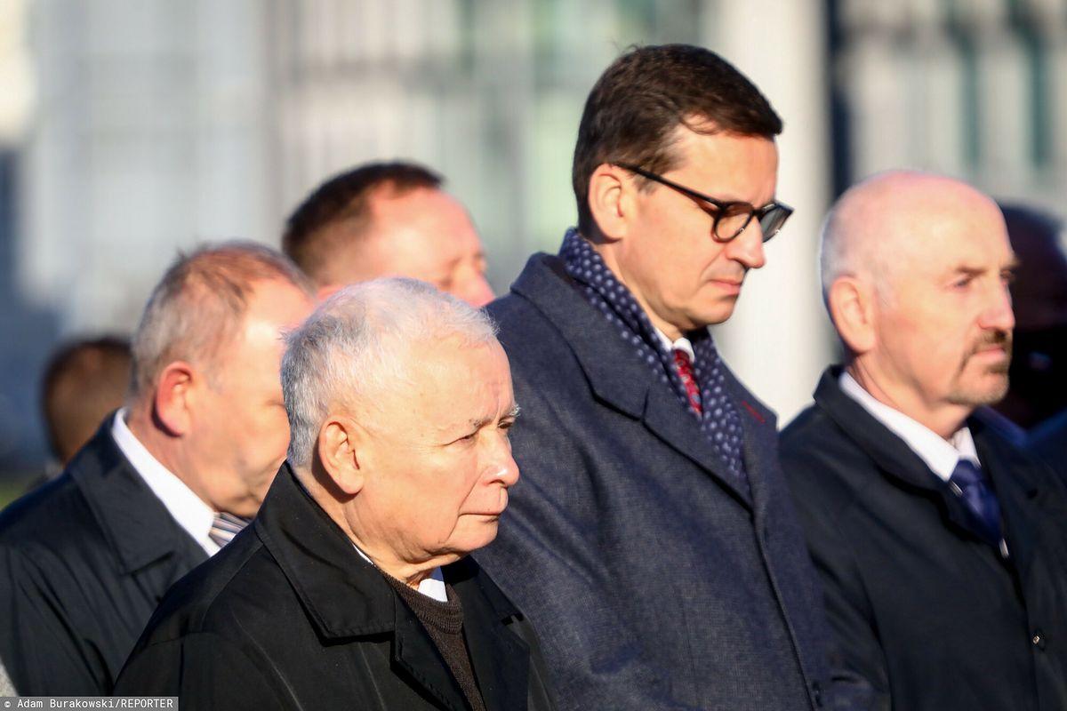 Jarosław Kaczyński zajęty wspieraniem premiera
