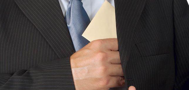 Mniejsze zaległości firm w wypłacie wynagrodzeń