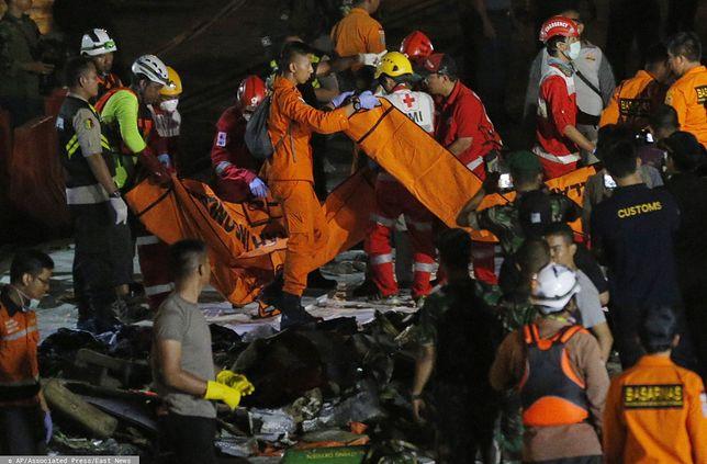 Indonezja. Akcja ratunkowa jest bardzo skomplikowana.