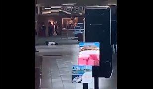 Strzały w centrum handlowym w USA