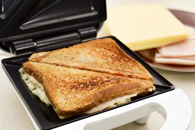 Opiekacze 3 w 1. Gofry, kanapki i grillowane potrawy w jednym urządzeniu