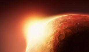 Astronauci wysłani na Marsa będą podziwiać takie wschody Słońca.