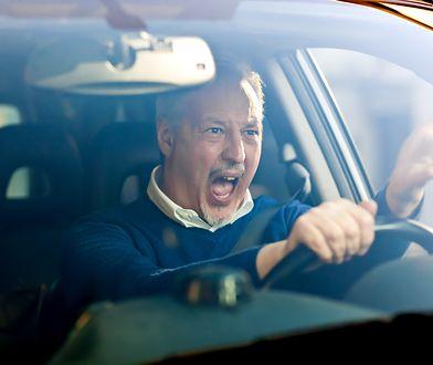 Krewkiego kierowcy poszukuje policja