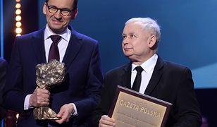 """Mateusz Morawiecki i Jarosław Kaczyński na gali """"Gazety Polskiej"""""""