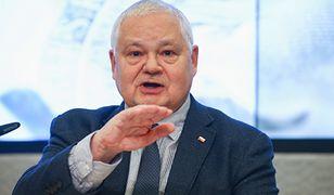 Prezes NBP Adam Glapiński jest krytykowany przez polityków za brak transparentności