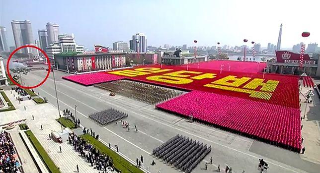 Ta parada miała pokazać potęgę Korei Północnej. Ale coś poszło nie tak