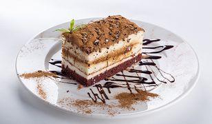 Polki pokochały ciasta, których nie trzeba piec. Ale czy to zdrowe?