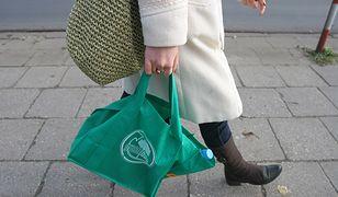 Materiałowe torby wielokrotnego użytku są świetną alternatywą dla foliówek. Pod warunkiem, że regularnie są regularnie prane
