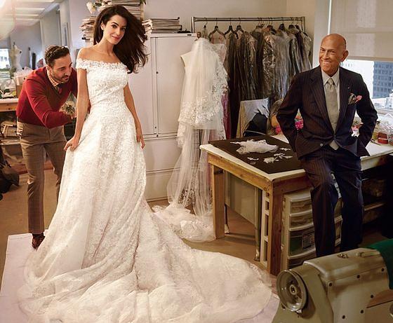 W pracowni Oscara de la Renty - z Amal Clooney