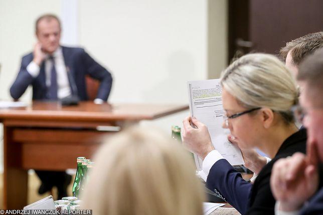 Donald Tusk i Małgorzata Wassermann podczas przesłuchania. Komisja śledcza ds. Amber Gold