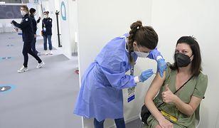 Szczepienia przeciw COVID-19. Kolejne pomysły ws. niezaszczepionych