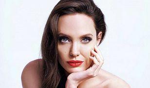 Seksowna i tajemnicza. Angelina Jolie w nowej kampanii Guerlain
