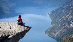 Trolltunga - niesamowita skała w Norwegii