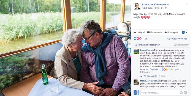 Zdjęcie b. prezydenta B. Komorowskiego z mamą
