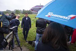 Wybory 2020. Rafał Trzaskowski w bastionie PiS. Doszło do przepychanek