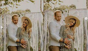 """Anita i Adrian ze """"Ślubu od pierwszego wejrzenia"""" w pięknej sesji ciążowej"""