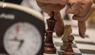 Turniej szachowy rozpoczął się ewakuacją