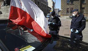 Stan wyjątkowy w Polsce? PiS zaprzecza