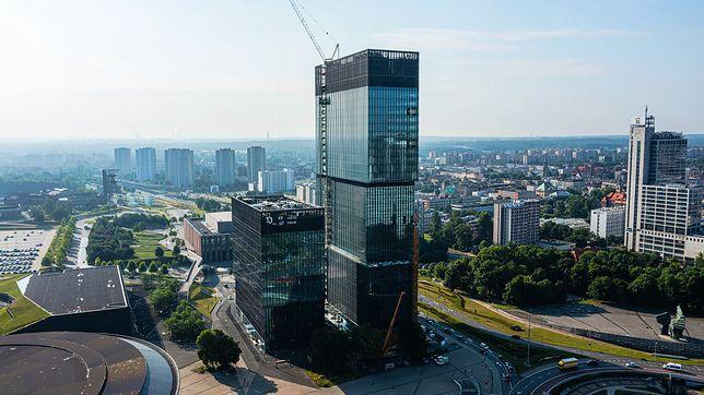 Katowice. Kończą się prace przy budowie drugiej wieży KTW.