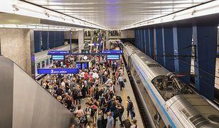 Do awarii doszło zaraz za stacją Warszawa Centralna