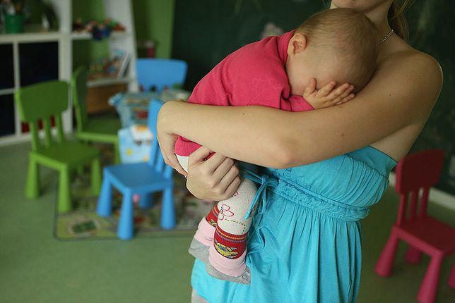 Kobieta już 2,5 miesiąca cierpi na depresję poporodową
