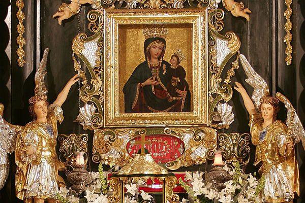 Sukienka za 100 tys. na jubileusz Matki Bożej Rychwałdzkiej