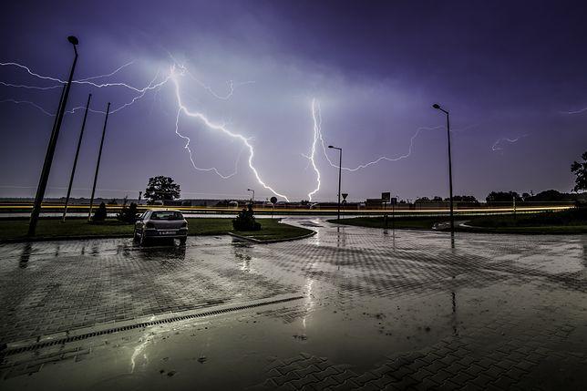 Prognoza pogody na dziś - 17 lipca. Burze i ulewy zadomowiły się w Polsce