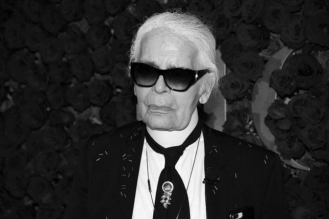 Karl Lagerfeld pozostaje legendą w świecie mody.