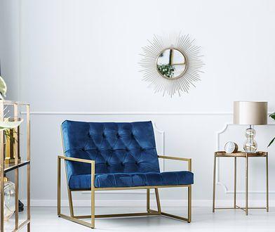 Aranżacja wnętrza w stylu glamour może być minimalistyczna, ale przy tym wyrazista