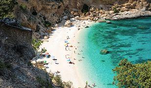 Na najpiękniejszej plaży na Sardynii wprowadzono limit turystów