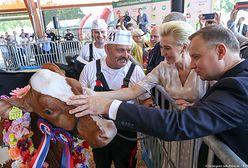 Para Prezydencka na Targach Rolno-Przemysłowych. Agata Duda tym razem postawiła na retro