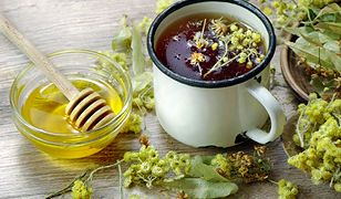 Herbata z kwiatów lipy. Domowy sposób na infekcje