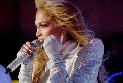 Jennifer Lopez z ukochanym na Super Bowl 2021. Spektakularna stylizacja