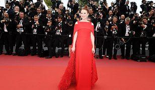 Aktorka świetnie wygląda na czerwonym dywanie