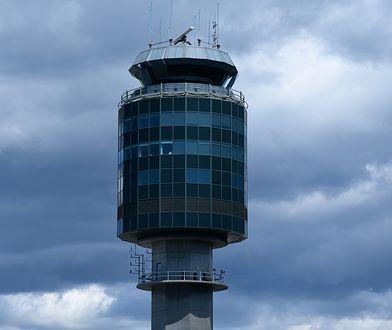 Problemy na Okęciu. Kontroler ruchu lotniczego pod lupą służb