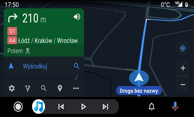Mapy Google w Androidzie Auto w samochodzie.