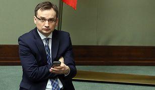 Zbigniew Ziobro i jego urzędnicy nie przygotowali rozporządzenia regulującego sposób zwrotu odpraw przez sędziów SN