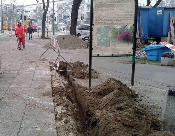"""Przyjemniejsze spacery w Parku Praskim. """"Główne aleje do remontu"""""""